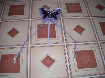 kostým - hůlka pro motýlí vílu