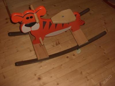 Dětský houpací dřevěný tygřík - masiv