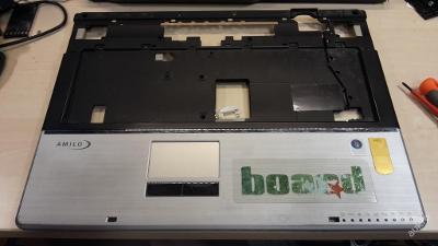 Palmrest + touchpad z FSC Amilo Xa 2529