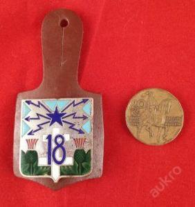 stříbrný vojenský odznak značeno