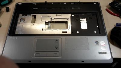Palmrest + touchpad + repro  z FSC Amilo Xi 2528