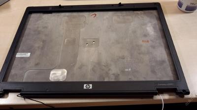 Kryt displaye  z Compaq nc8430
