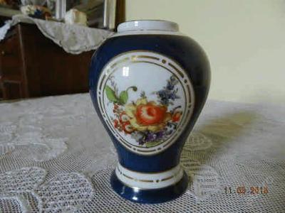 Stará malovaná porcelánová váza - ROYAL AUSTRIA