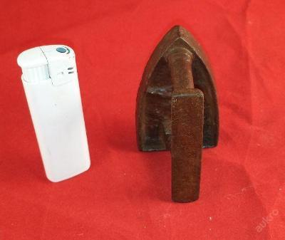 raritní stará minuaturní žehlička s andělíčkem