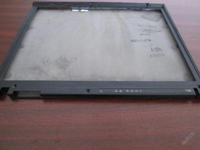 Kryt displeje z IBM T43 2668