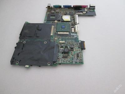NEFUNKČNÍ Základní deska z Dell D600 PP05L
