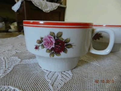 2 hotelové porcelánové hrnečky růže Hollohaza Hungary