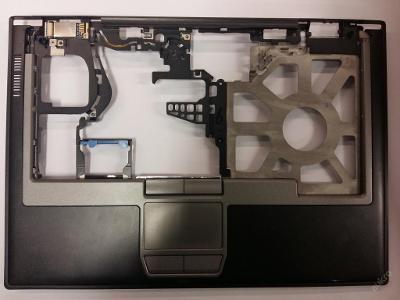 Palmrest + touchpad  z Dell Latitude D630 PP18L