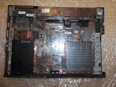 Spodní vana z DELL LATITUDE E5400 PP32LA
