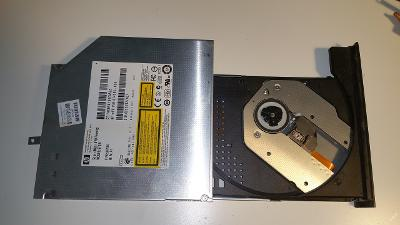 DVD-RW S-ATA GT30L z MSI CR700x