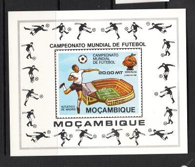 Mozambik 1981 MS ve fotbale Mi# Block 9 1072