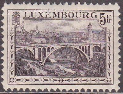 LUXEMBURG - VÝPLATNÍ 1921 Mi.č.: 136 B - **svěží**