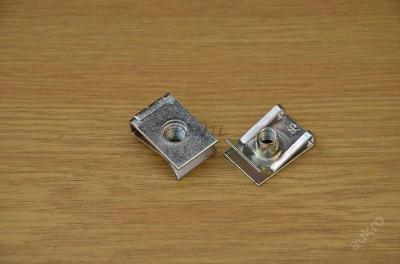 matice plechová zasouvací příchytka M6 Superb Orig. výr.  N 90168604