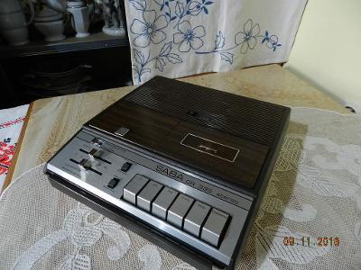 Starý Magnetofon Saba CR 335 Stereo Top Stav 1973
