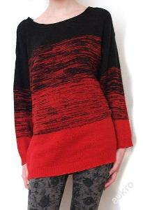 Oversized černo-červený ombré svetr