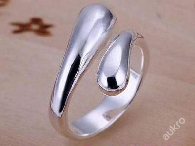 Prsten kapky nastavitelný stříbřený .925 *70