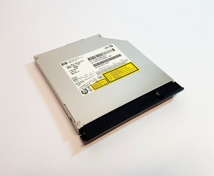 DVD-RW P-ATA GSA-T20L z HP Compaq 6720s - Notebooky, příslušenství