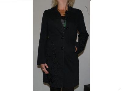 DÁMSKÝ KABÁT černý vel:38 bunda svetr 100% bavln