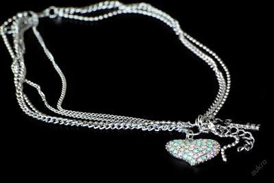 Elegantní náhrdelník + řetízek zlato SRDCE __ NP26