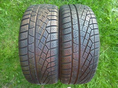 18 - Špičkové zimní pneu 215/45 R18 PIRELLI pár