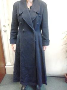 Luxusní dámský kabát dlouhý
