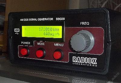 Signální generátor LCD displej 40MHz stavebnice