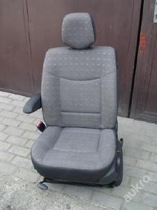 autosedačka řidiče renault espace IV