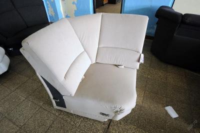 Sofa nerozkládací 100 x 100 cm, mikroplyš (4234)