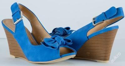 Nádherné letní modré sandálky vel. 36,39 - 339kč