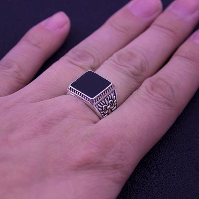 Masivní velký prsten č.9