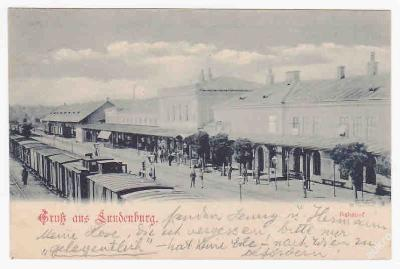 Břeclav nádraží perón vlak DA 1899 LUX