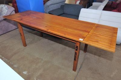 Jídelní stůl, dřevo masiv  (5924)
