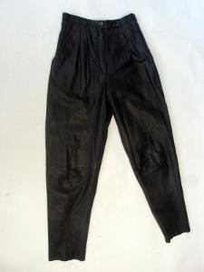 Kožené dámské kalhoty vel. 38 - obvod pasu: 68cm