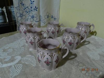 Luxusní růžové zlacené hrnky růže 2 kusy HC Chodov Slavkov