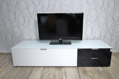 Skříňka pod TV se šuplíky a dvířky (14892A) E