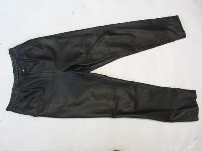 Kožené kalhoty Vel.?  obvod pasu: 74 cm - (6171)
