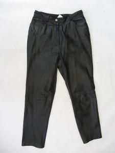Kožené kalhoty - obvod pasu: 82 cm - (4765)