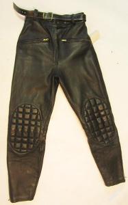 Kožené kalhoty  - obvod pasu: 72 cm (5657)