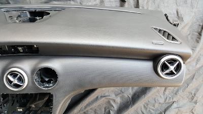 Palubní deska Mercedes-Benz ALC