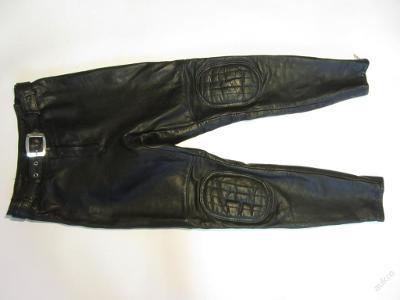 Dámské kožené kalhoty v. 38 - obvod pasu: 68 cm