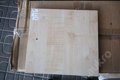 1 x dvířka, dřevolaminát (8158)