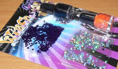 ah22 Výprodej hraček: Čarodějky laky a zdobení