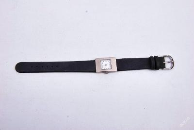 Dámské hodinky na ruku :) (art. č. 073)