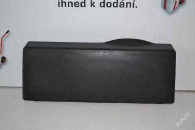 Krytka nárazníku pro tažné zařízení VW GOLF III