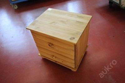 Noční stolek se šuplíky,dřevo masiv (5610)