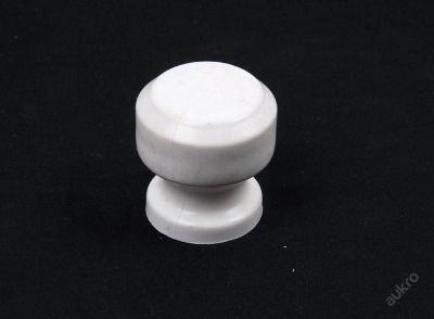 Nábytkový úchyt plast 1ks - (4349)