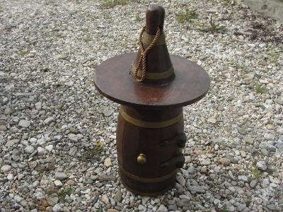 Velký dřevěný, závěsný bar - láhev