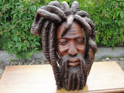 Velká dřevěná busta socha napodobenina zpěvák Bob Marley