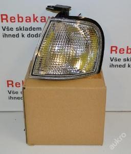 Levý bílý blikač blinkr NISSAN PRIMERA P10 90-94