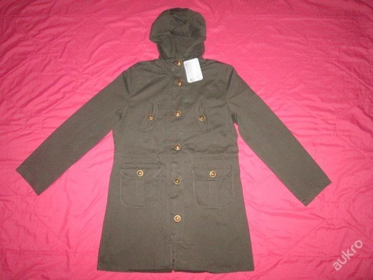 Nádherný slabý módní kabát vel. M - Dámské oblečení